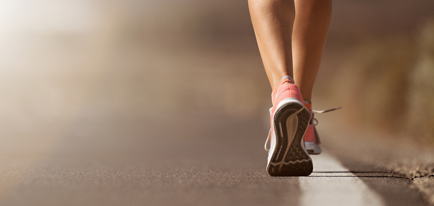 Caminar a paso ligero: la actividad física más completa